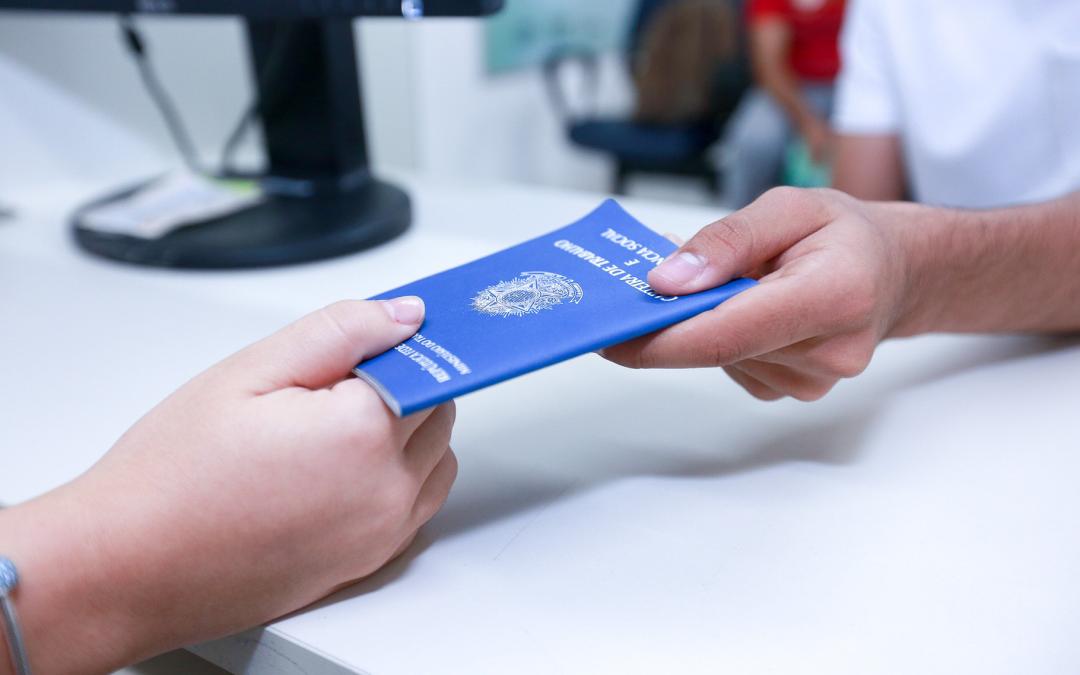 INSS Mantém direito a benefício para demitidos por até três anos